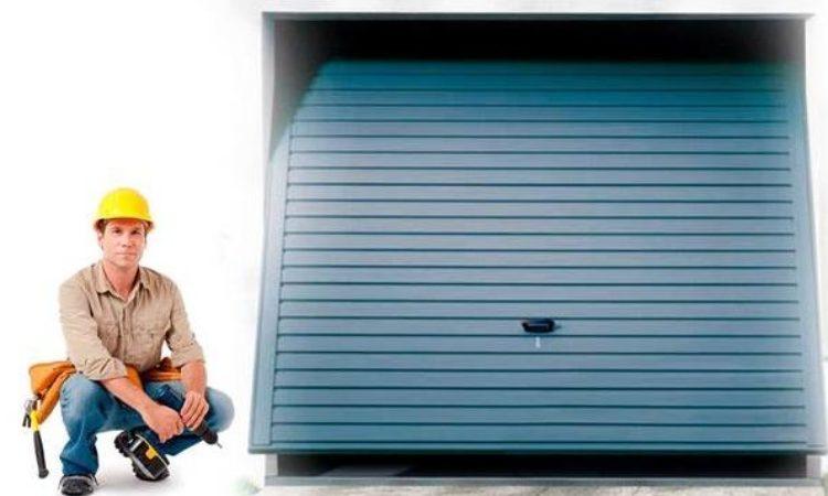 Garage Door Engineer / Fitter